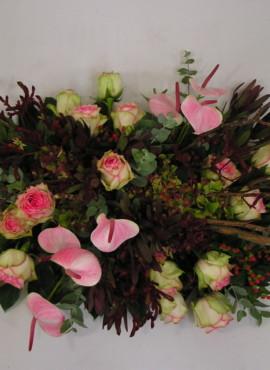 rouwarrangement roze 27